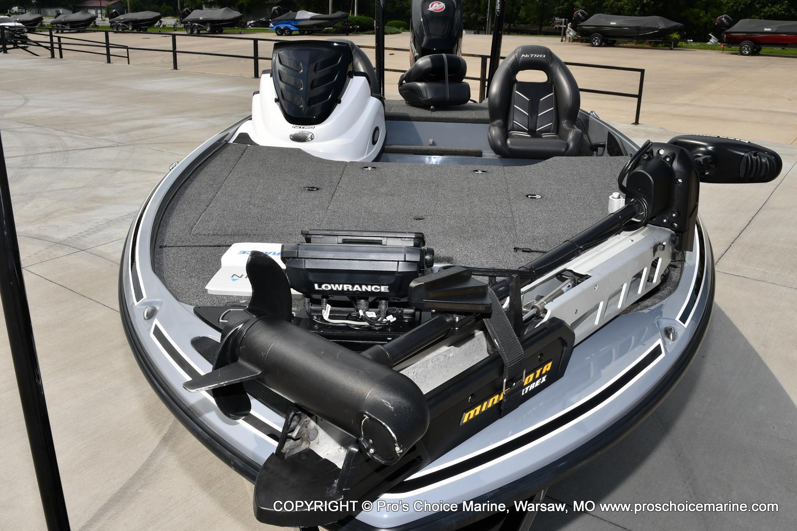 2017 Nitro boat for sale, model of the boat is Z18 & Image # 12 of 50