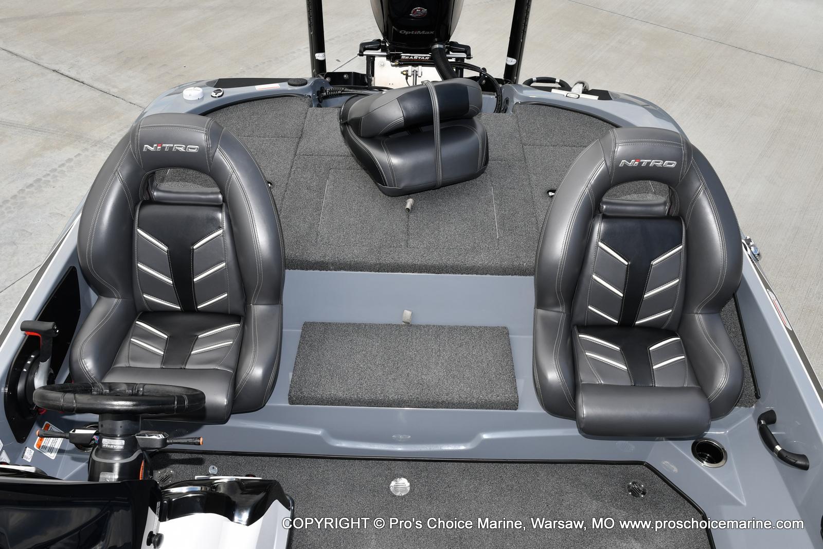 2017 Nitro boat for sale, model of the boat is Z18 & Image # 21 of 50