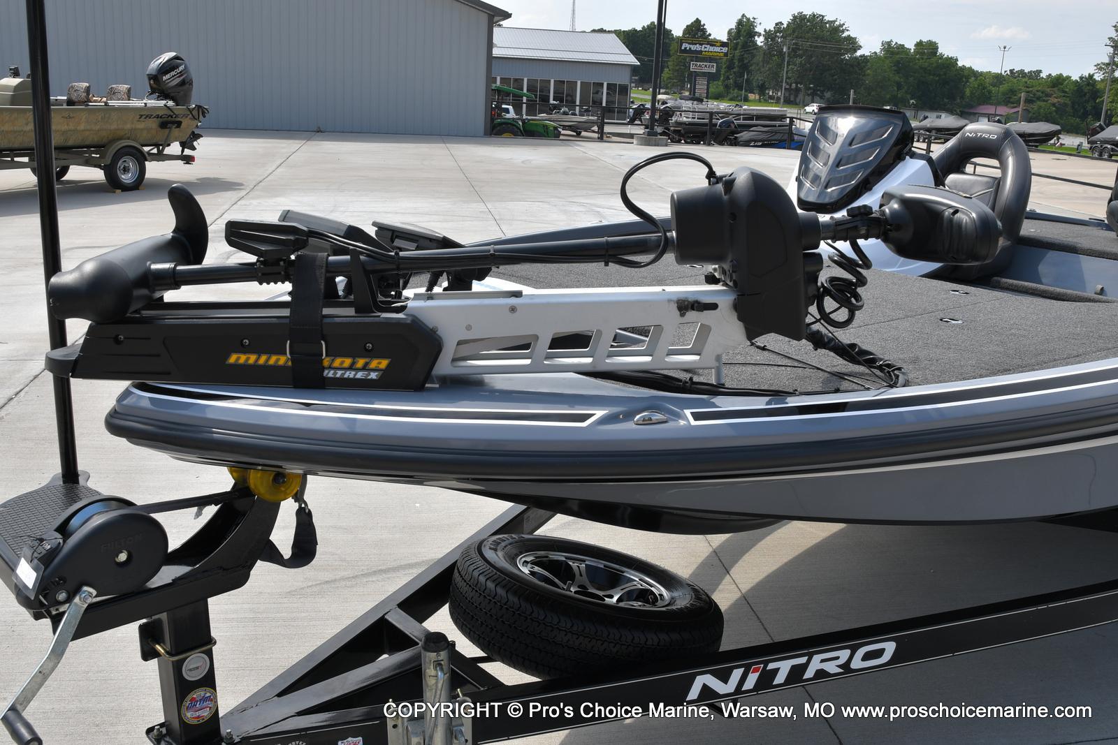 2017 Nitro boat for sale, model of the boat is Z18 & Image # 38 of 50