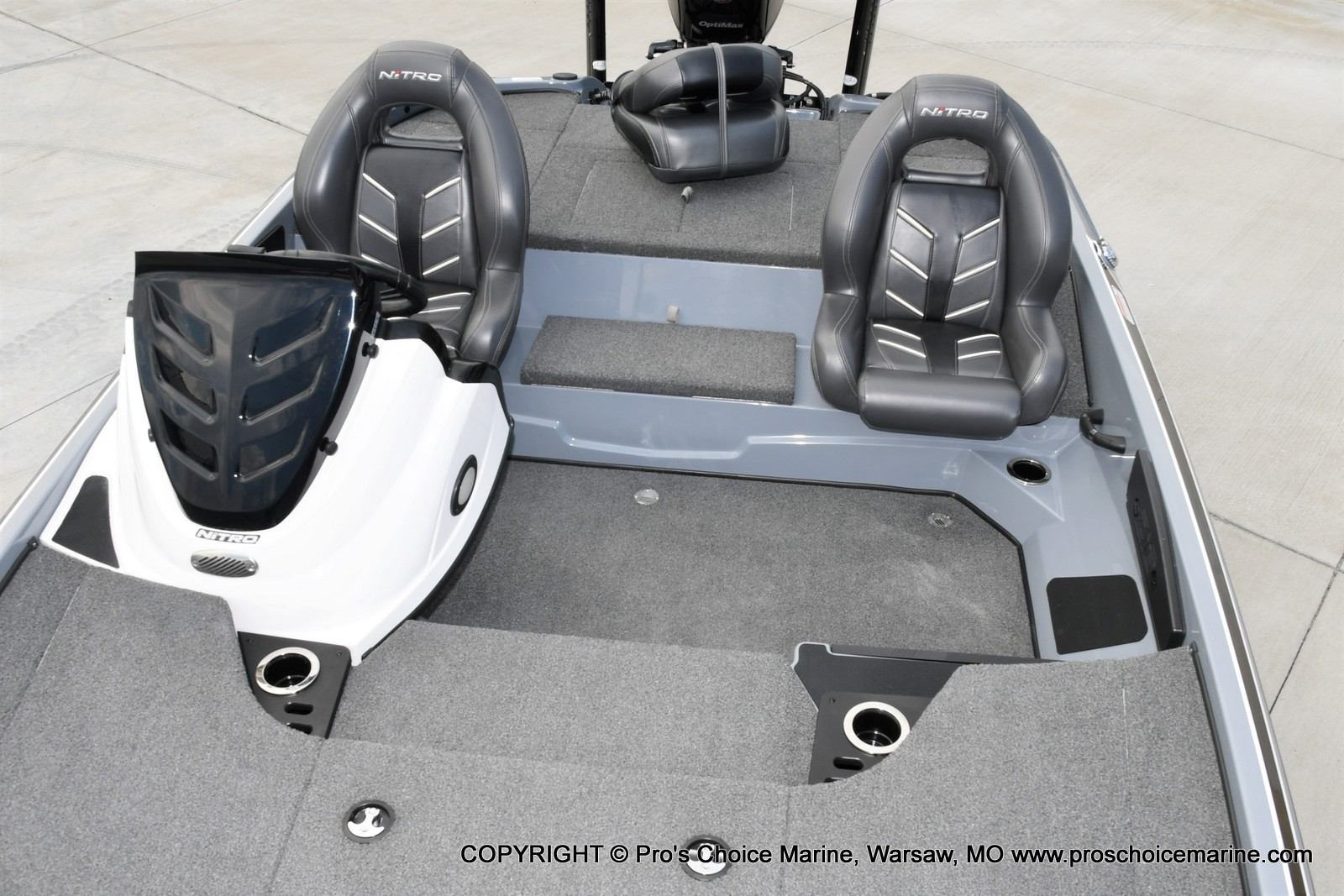 2017 Nitro boat for sale, model of the boat is Z18 & Image # 45 of 50