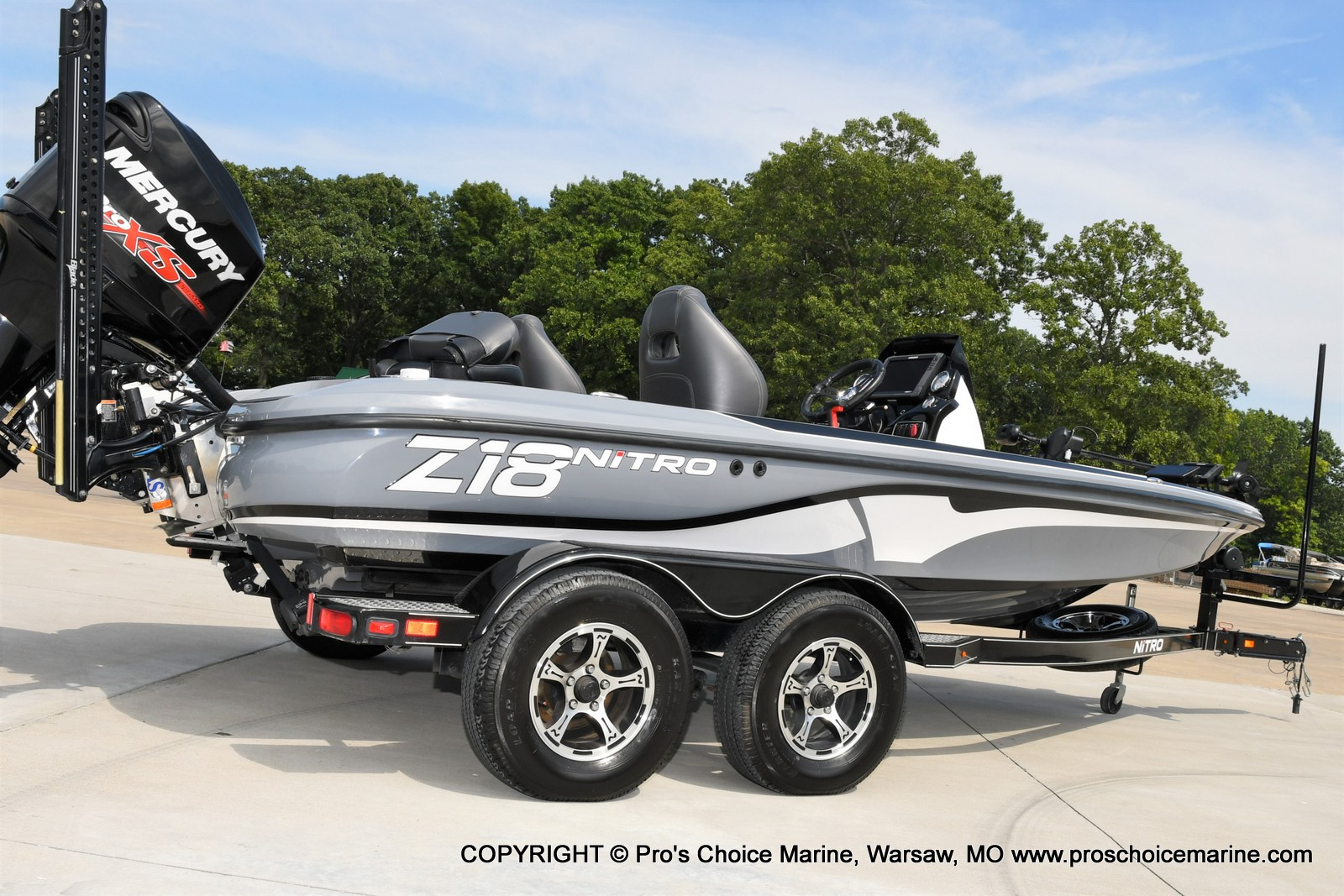 2017 Nitro boat for sale, model of the boat is Z18 & Image # 29 of 50