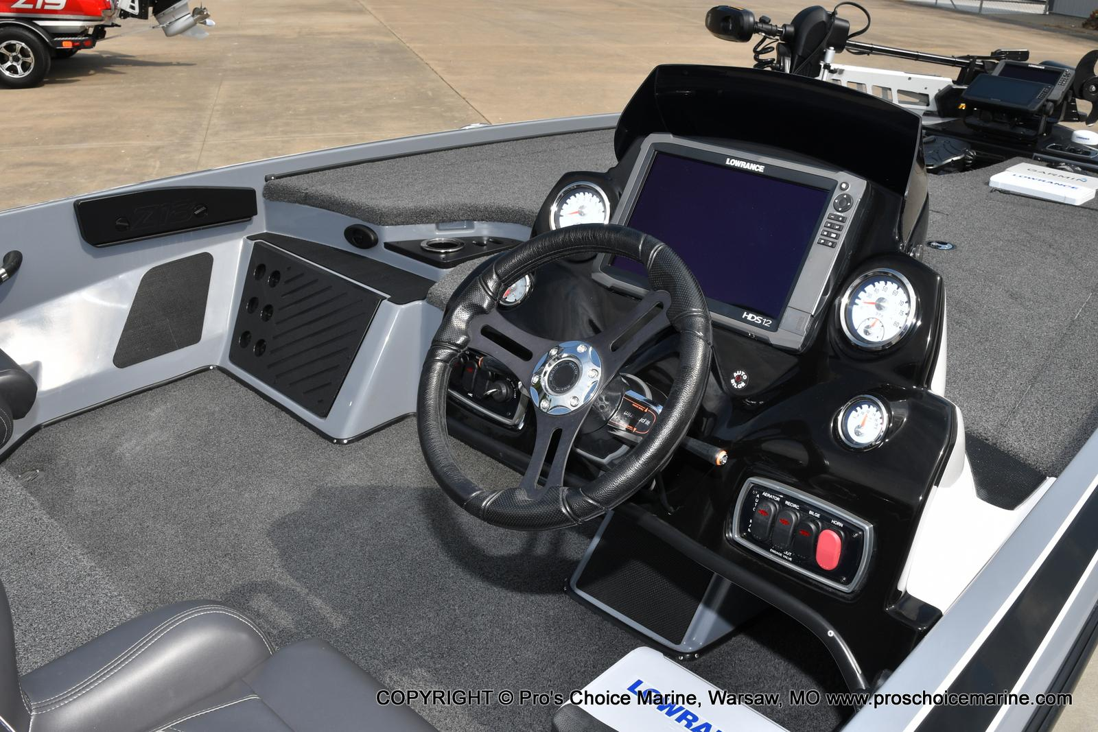 2017 Nitro boat for sale, model of the boat is Z18 & Image # 32 of 50