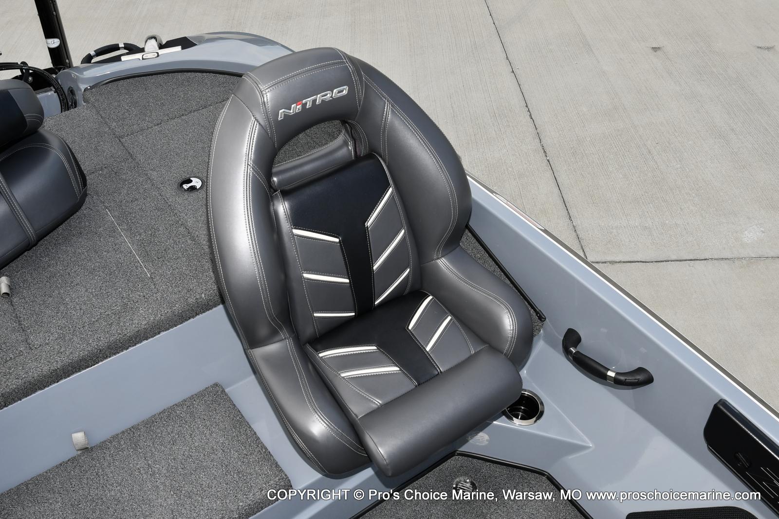 2017 Nitro boat for sale, model of the boat is Z18 & Image # 6 of 50