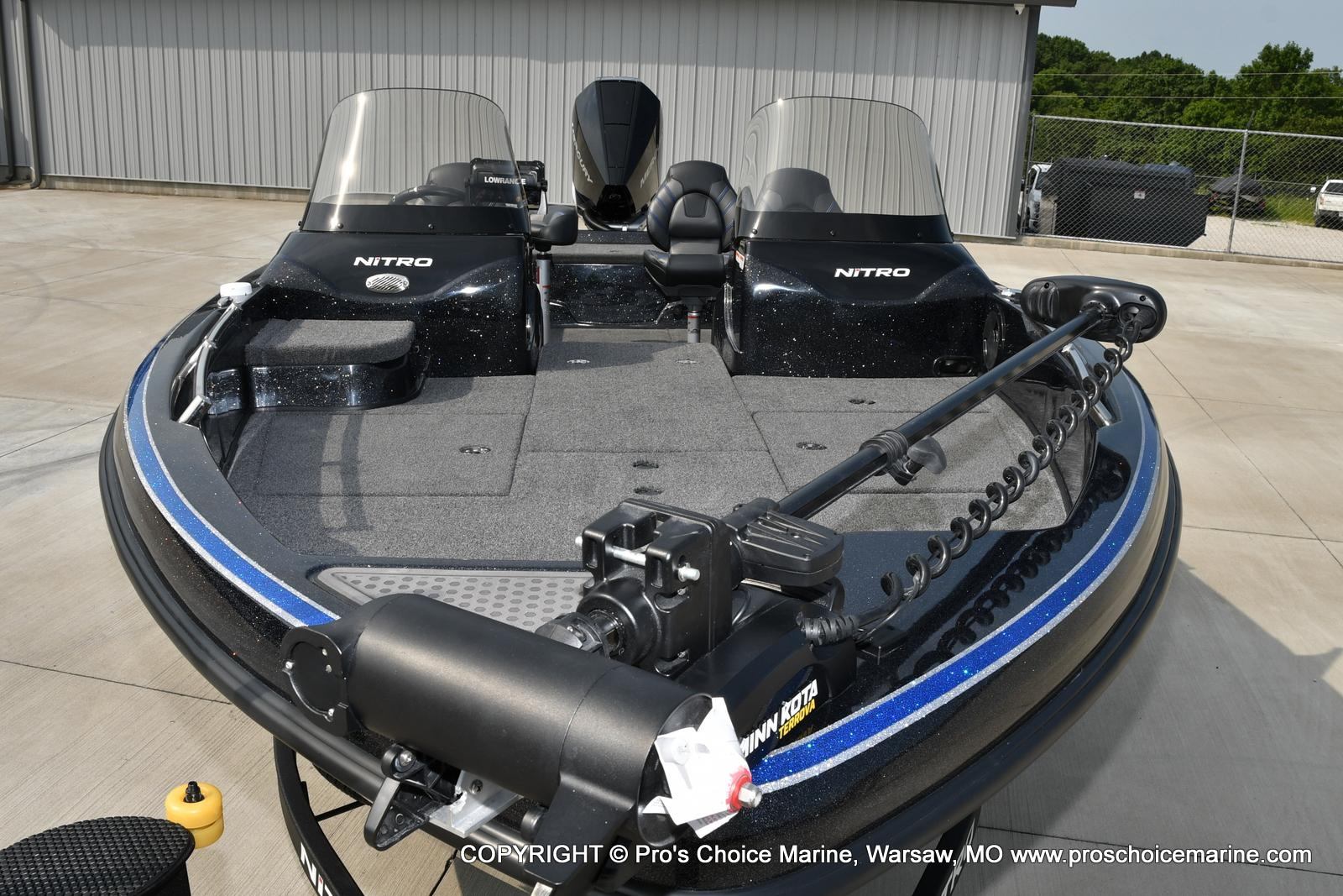 2022 Nitro boat for sale, model of the boat is ZV21 w/300HP Mercury Verado & Image # 19 of 50