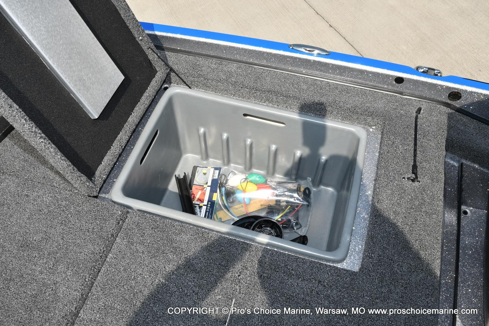 2022 Nitro boat for sale, model of the boat is Z21 XL Pro Pack & Image # 30 of 50