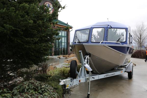 2019 Spartan boat for sale, model of the boat is 215 Athens & Image # 3 of 9