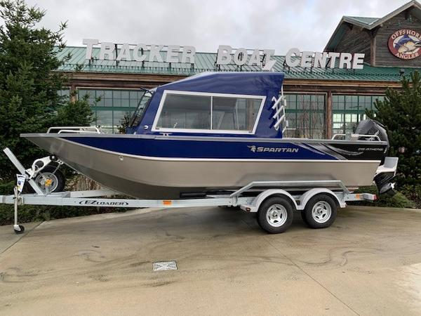 2019 Spartan boat for sale, model of the boat is 215 Athens & Image # 2 of 9