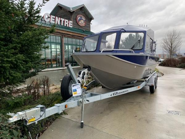 2019 Spartan boat for sale, model of the boat is 215 Athens & Image # 4 of 9