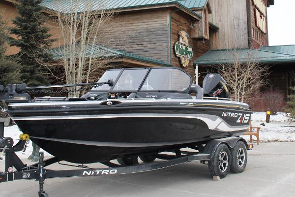 2019 Nitro boat for sale, model of the boat is ZV19 Sport & Image # 1 of 40