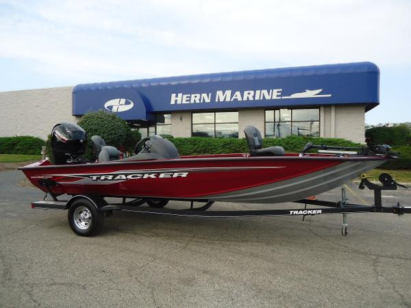 2020 Tracker Boats boat for sale, model of the boat is Pro Team 190 TX & Image # 1 of 9