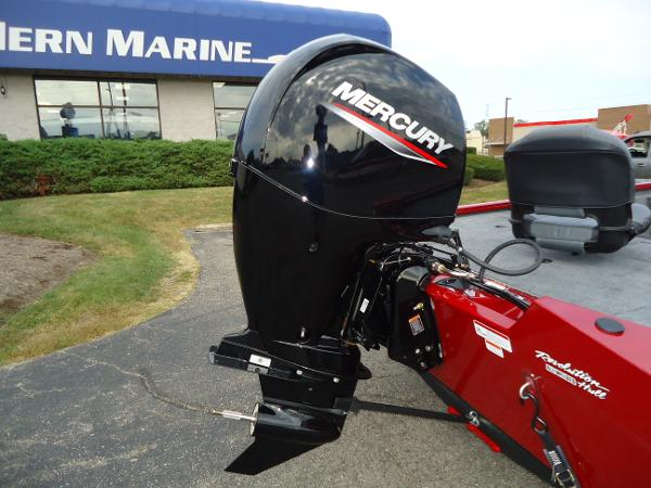 2020 Tracker Boats boat for sale, model of the boat is Pro Team 190 TX & Image # 2 of 9
