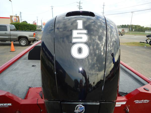 2020 Tracker Boats boat for sale, model of the boat is Pro Team 190 TX & Image # 3 of 9