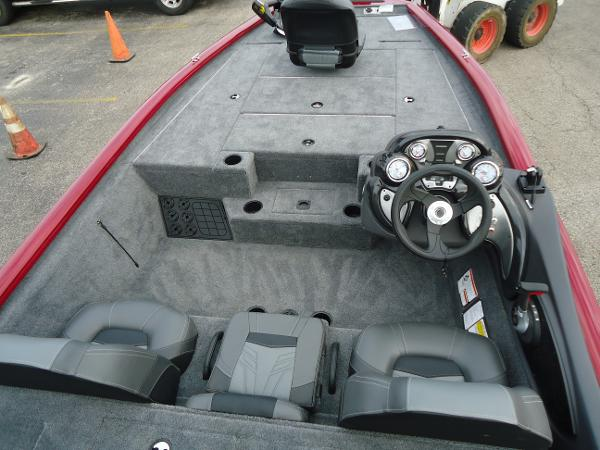 2020 Tracker Boats boat for sale, model of the boat is Pro Team 190 TX & Image # 6 of 9