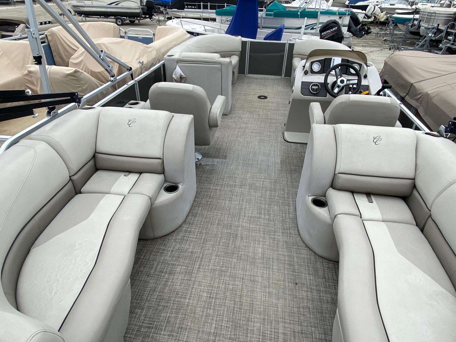 2017 Cypress Cay boat for sale, model of the boat is Seabreeze 232 & Image # 4 of 11