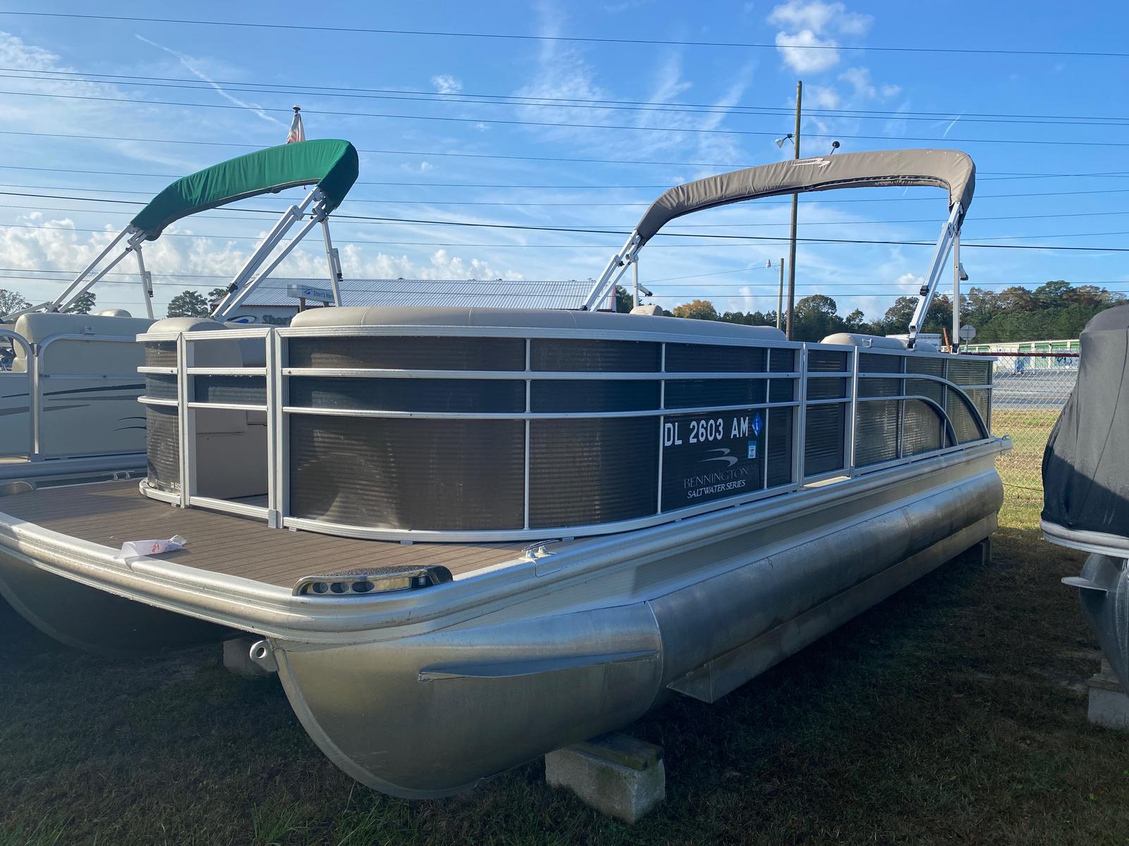 2018 Bennington boat for sale, model of the boat is 22 SSX Pontoon & Image # 1 of 13