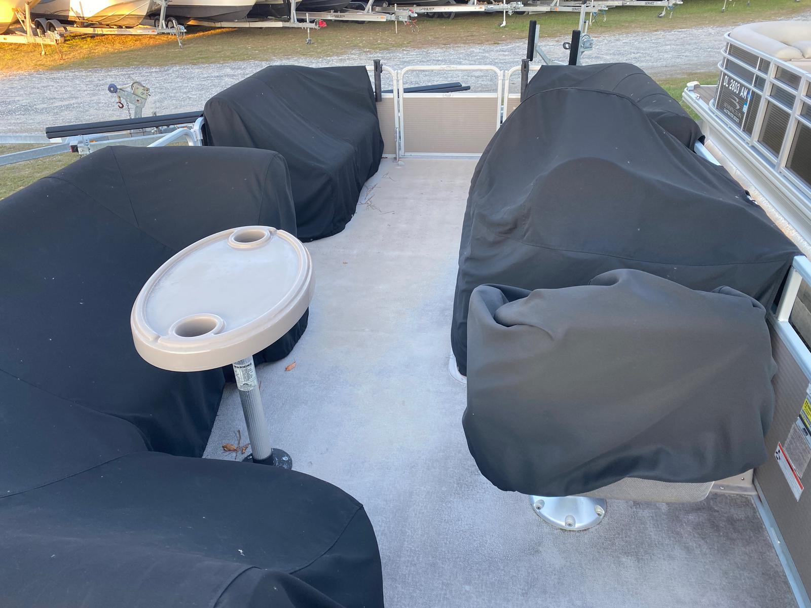 2009 Premier Pontoons boat for sale, model of the boat is Sunspree 200 Pontoon & Image # 12 of 13