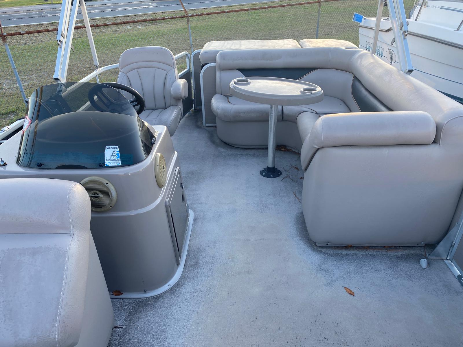2009 Premier Pontoons boat for sale, model of the boat is Sunspree 200 Pontoon & Image # 8 of 13
