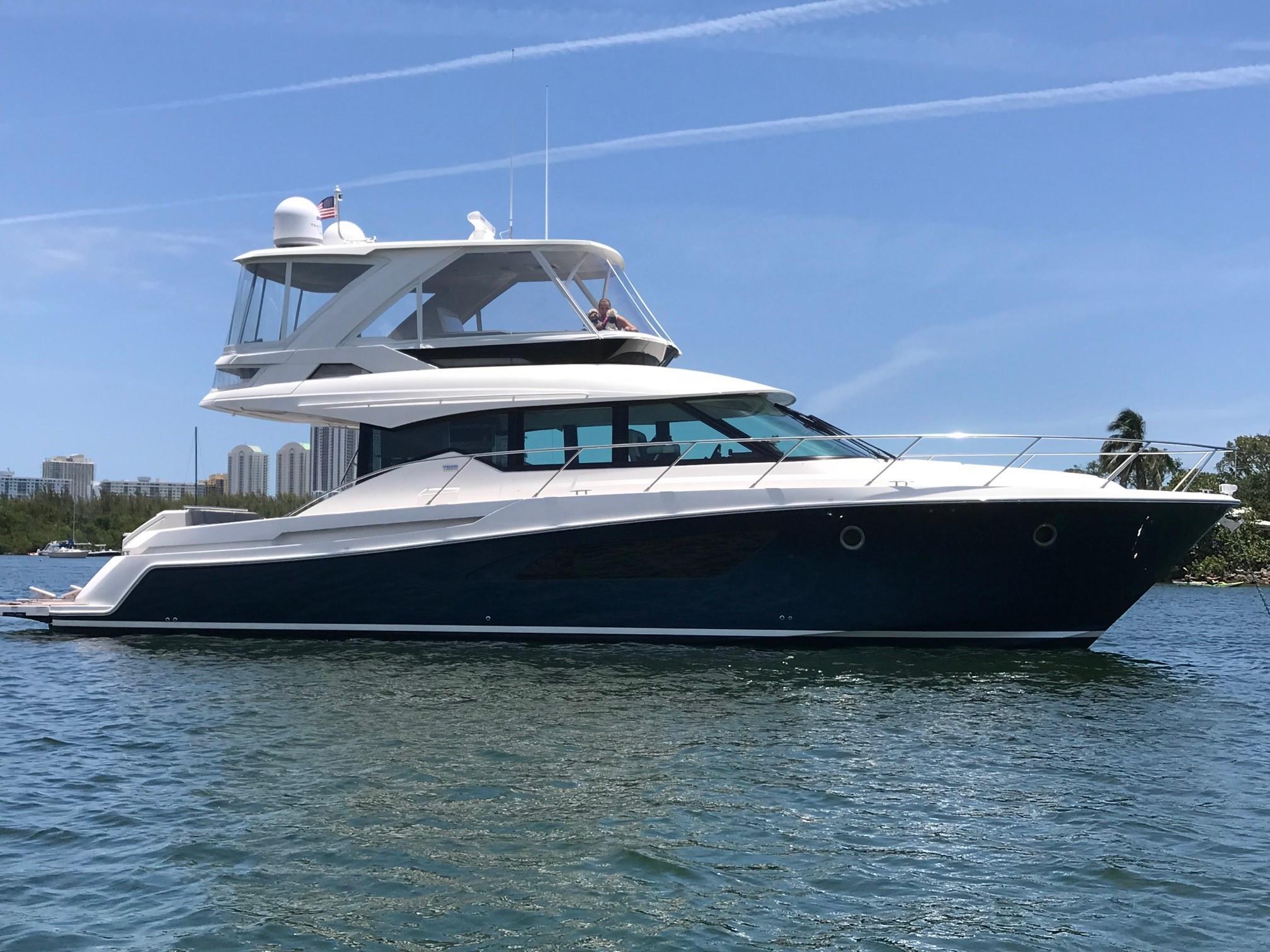 53' Tiara Yachts 2018