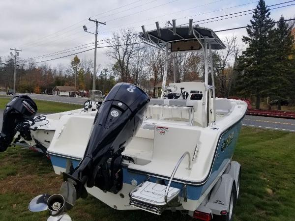 2021 Mako boat for sale, model of the boat is 214 CC & Image # 12 of 22