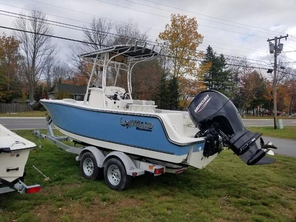 2021 Mako boat for sale, model of the boat is 214 CC & Image # 21 of 22
