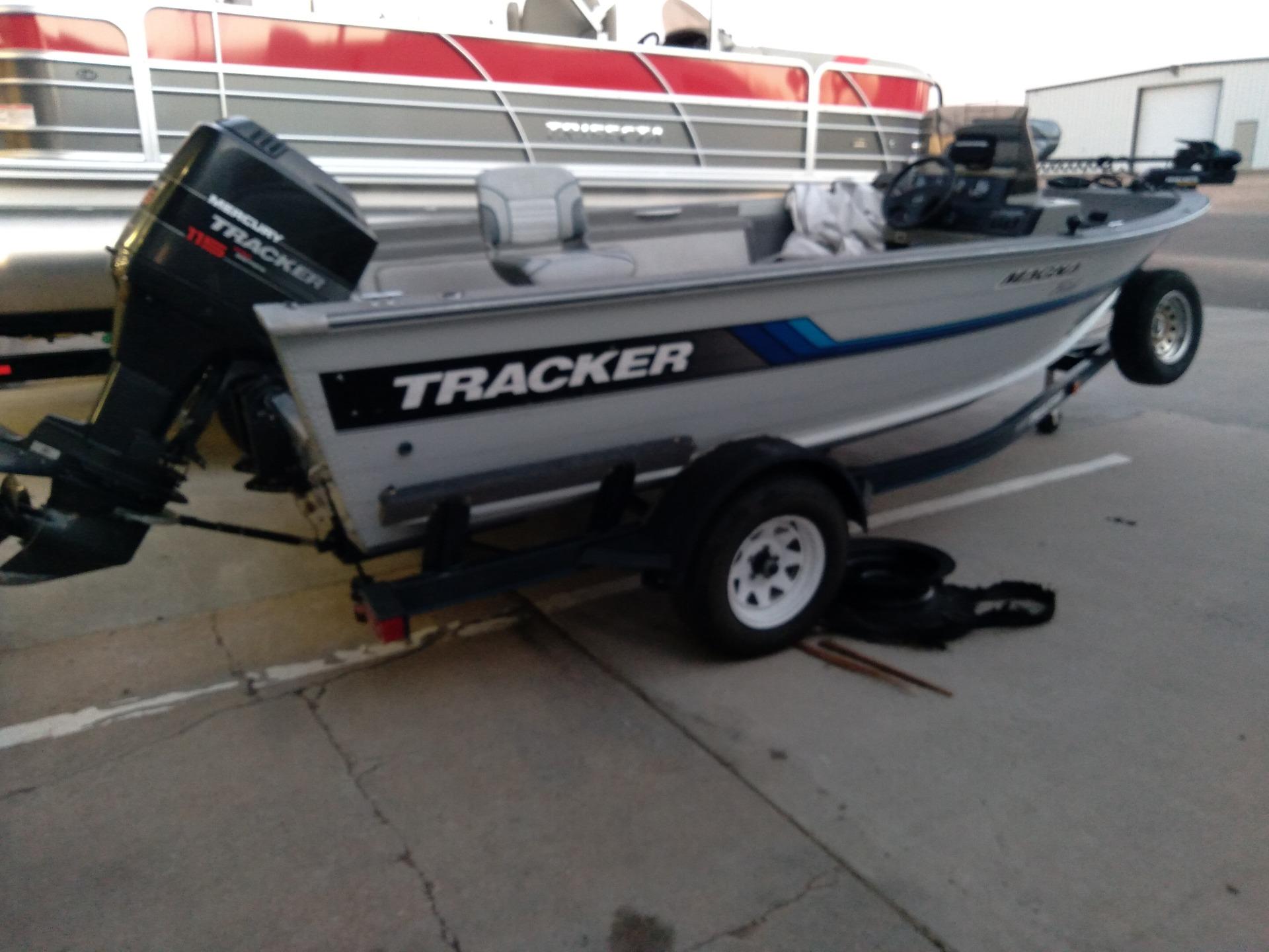 1995 Tracker MAGNA FISH