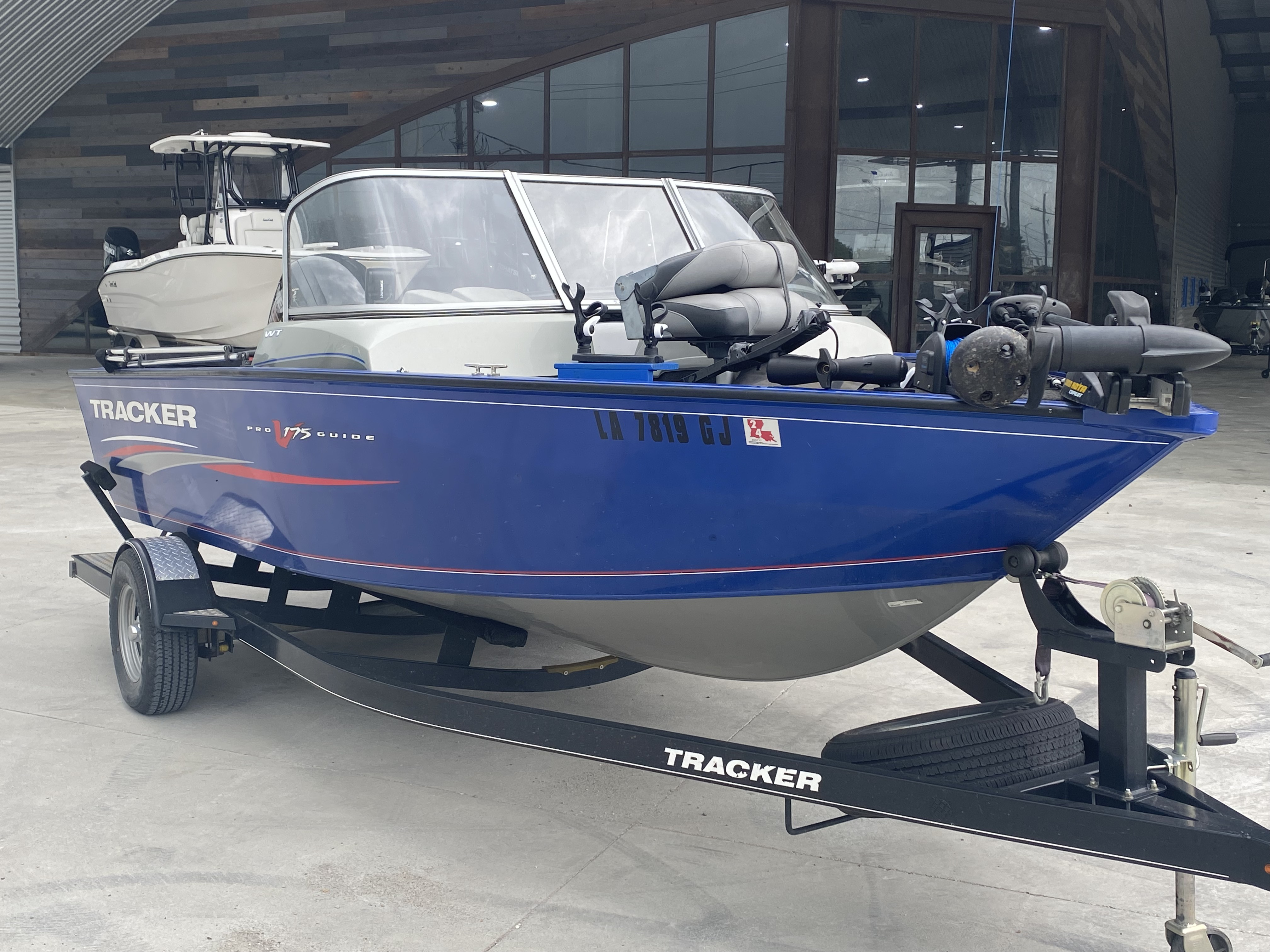 2016 Tracker Boats boat for sale, model of the boat is Pro Guide 175 WT & Image # 4 of 20