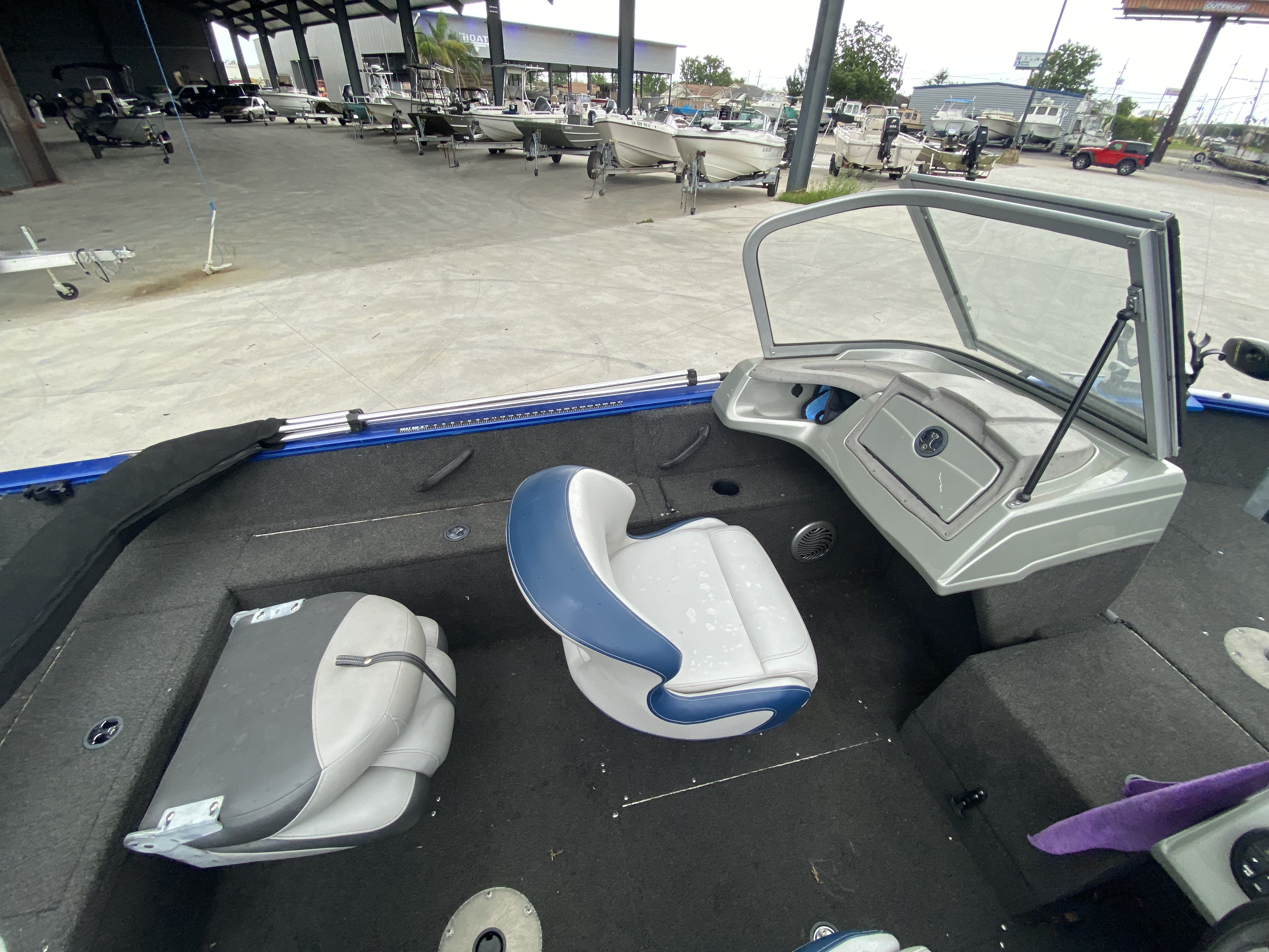 2016 Tracker Boats boat for sale, model of the boat is Pro Guide 175 WT & Image # 6 of 20