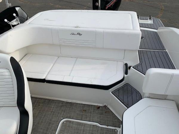 2021 Sea Ray boat for sale, model of the boat is 190 SPX OB & Image # 3 of 19