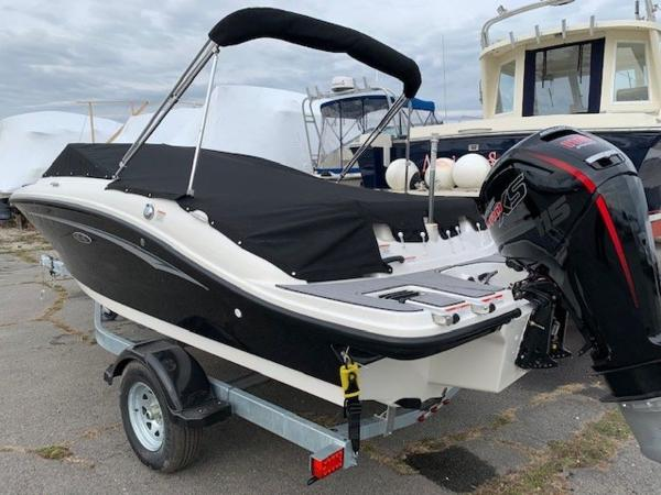 2021 Sea Ray boat for sale, model of the boat is 190 SPX OB & Image # 5 of 19