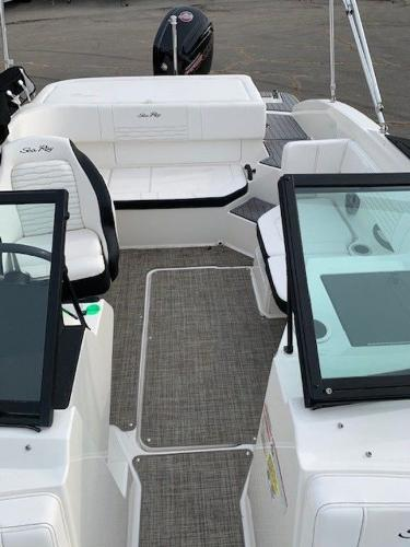 2021 Sea Ray boat for sale, model of the boat is 190 SPX OB & Image # 6 of 19
