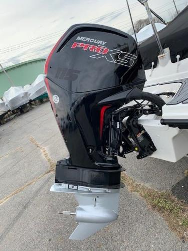 2021 Sea Ray boat for sale, model of the boat is 190 SPX OB & Image # 7 of 19