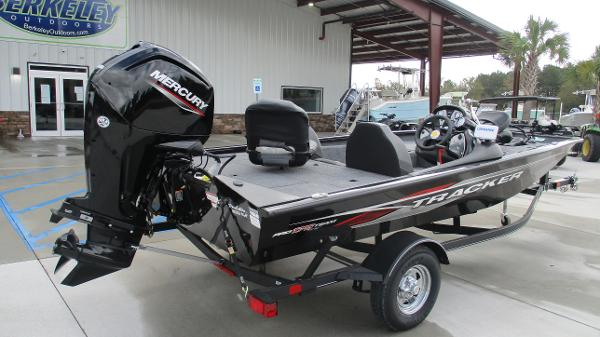 2021 Tracker Boats boat for sale, model of the boat is Pro Team 175 TXW & Image # 5 of 45
