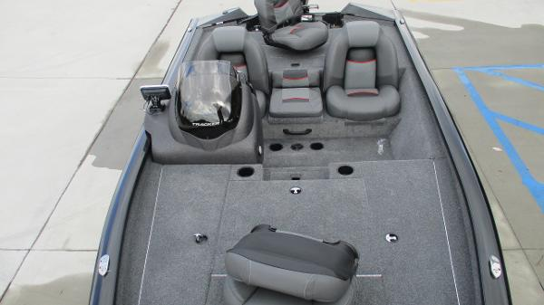 2021 Tracker Boats boat for sale, model of the boat is Pro Team 175 TXW & Image # 9 of 45