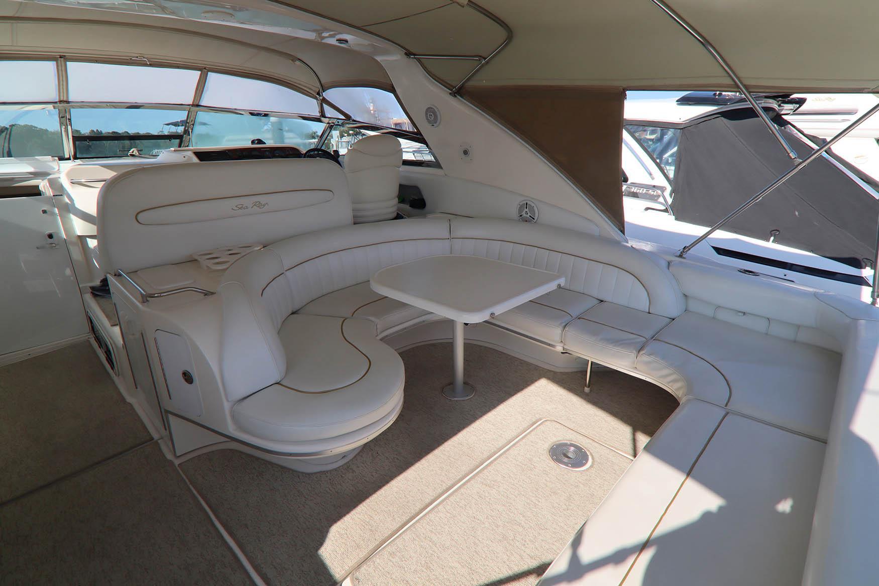 NY 5755 LK Knot 10 Yacht Sales