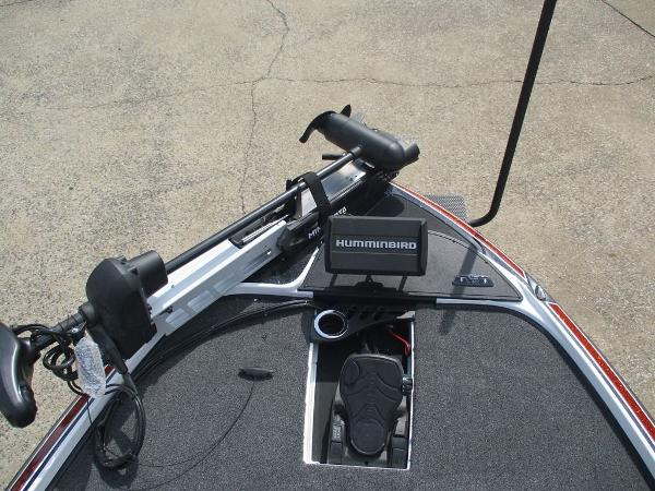 2021 Nitro boat for sale, model of the boat is Z20 Pro & Image # 5 of 9