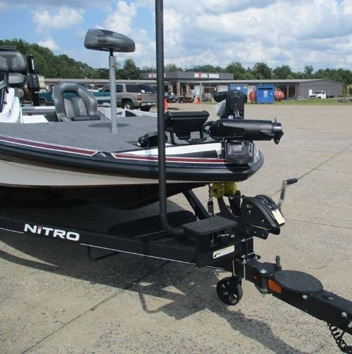 2021 Nitro boat for sale, model of the boat is Z20 Pro & Image # 7 of 9