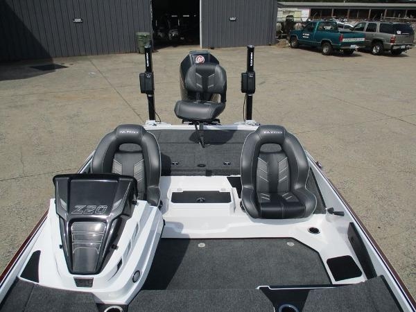 2021 Nitro boat for sale, model of the boat is Z20 Pro & Image # 9 of 9