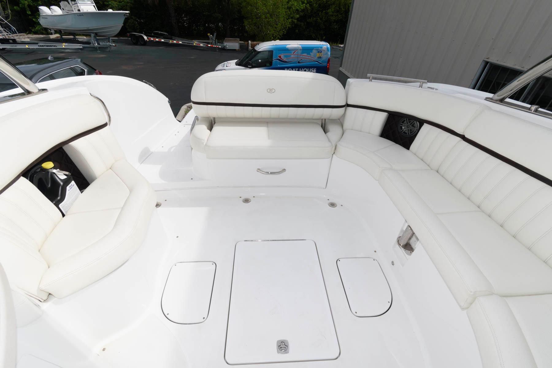 F 6151 SK Knot 10 Yacht Sales