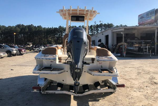 2021 Pioneer boat for sale, model of the boat is 202 Islander & Image # 2 of 28