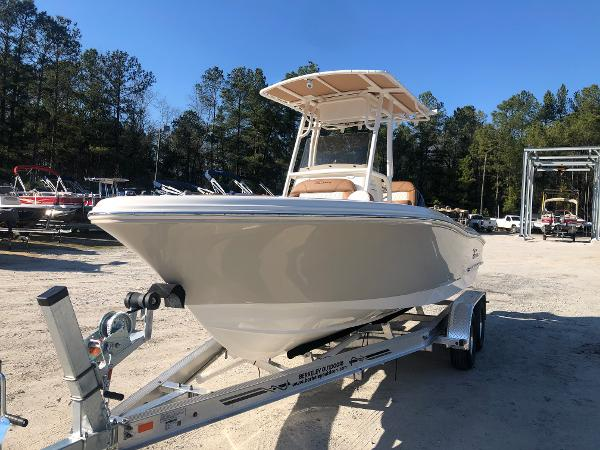 2021 Pioneer boat for sale, model of the boat is 202 Islander & Image # 1 of 28
