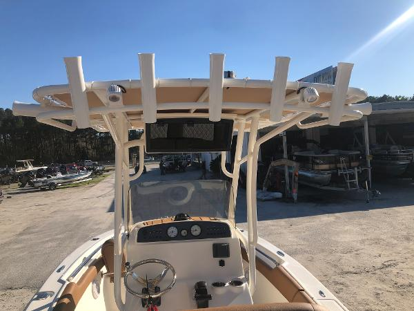 2021 Pioneer boat for sale, model of the boat is 202 Islander & Image # 9 of 28