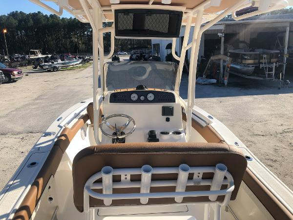 2021 Pioneer boat for sale, model of the boat is 202 Islander & Image # 10 of 28