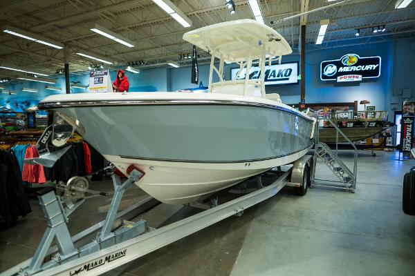 2020 Mako boat for sale, model of the boat is 236 CC & Image # 1 of 39
