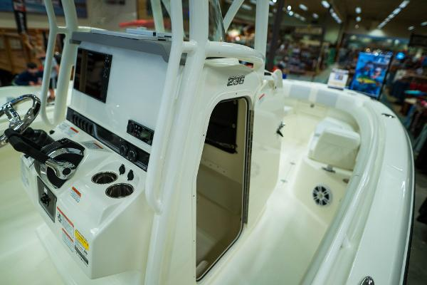 2020 Mako boat for sale, model of the boat is 236 CC & Image # 29 of 39