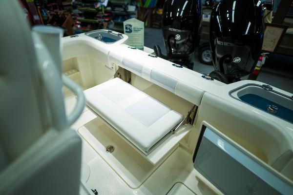 2020 Mako boat for sale, model of the boat is 236 CC & Image # 17 of 39