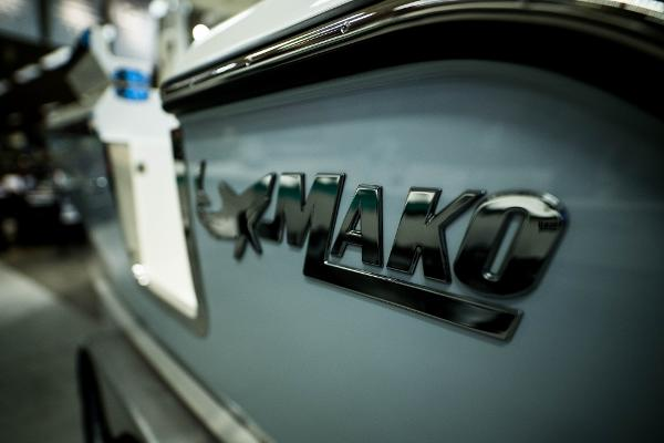 2020 Mako boat for sale, model of the boat is 236 CC & Image # 9 of 39