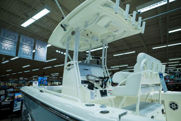 2020 Mako boat for sale, model of the boat is 236 CC & Image # 7 of 39