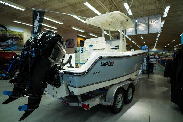 2020 Mako boat for sale, model of the boat is 236 CC & Image # 6 of 39