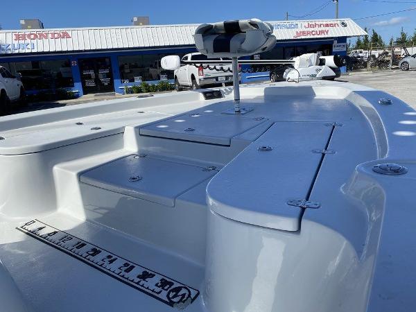 2018 Blazer boat for sale, model of the boat is 2220 Fisherman2220 Fisherman & Image # 8 of 10