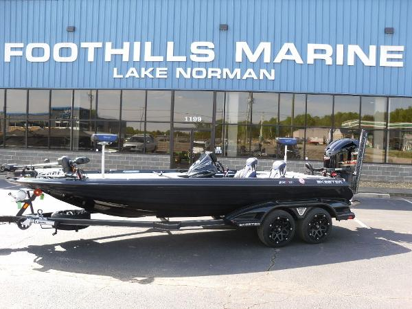 2021 Skeeter boat for sale, model of the boat is FXR21 Apex & Image # 1 of 36